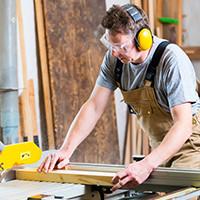 conseils bricolage pose d 39 une fen tre r paration de fuites de toit suivez le guide. Black Bedroom Furniture Sets. Home Design Ideas