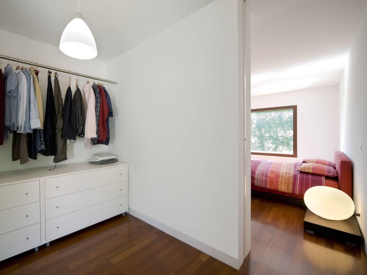 Aménagement d'une chambre avec dressing