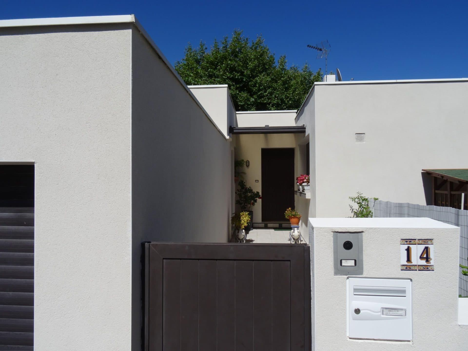 Ravalement de fa ade maison r novation avec enduit ou cr pis illico - Renover facade de maison ...