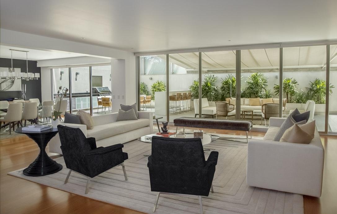 renovation de maison faire renover sa maison avec illico. Black Bedroom Furniture Sets. Home Design Ideas