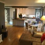 Vue d'une cuisine rénovée à Le Chesnay