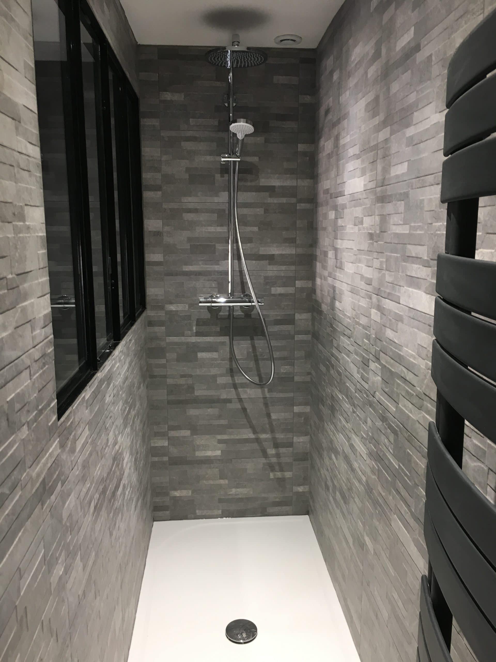 Sol en béton ciré pour salle de bain