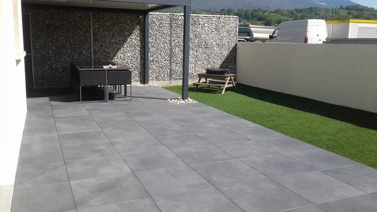 création d'une terrasse en béton - aménagement extérieur - illico