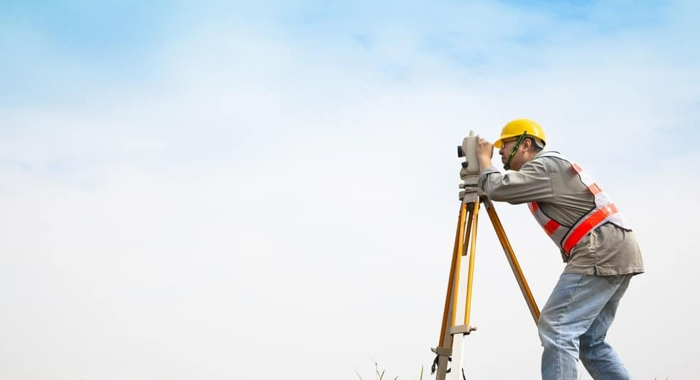 Focus sur : le géomètre expert