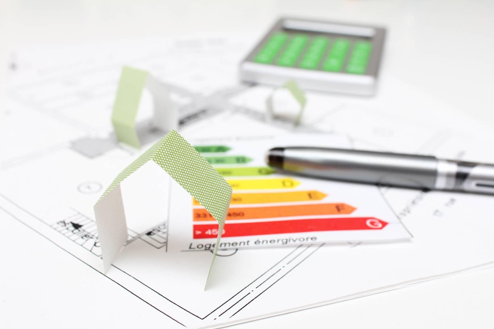 Rénovation énergétique : les constructeurs, les entreprises du bâtiment et les artisans