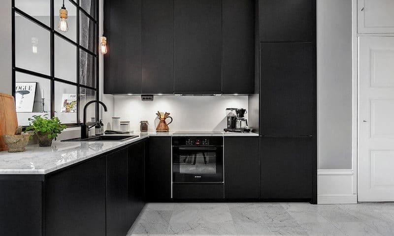 rénovation cuisine - tendance noir
