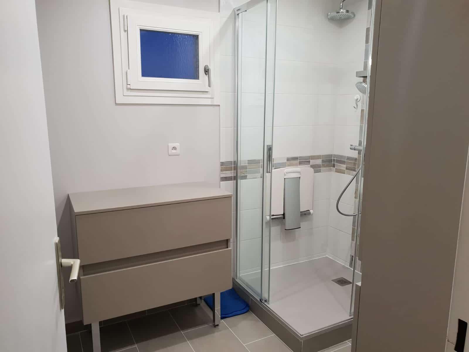 Rénovation d'une salle de bain à Aubergenville (78)