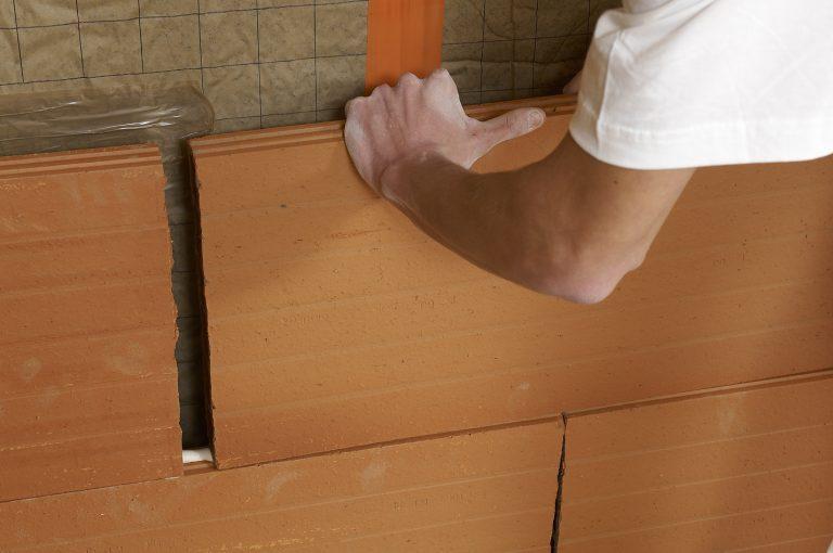 Création de cloisons : la brique plâtrière