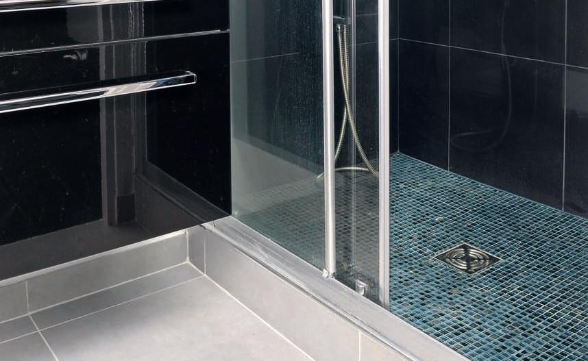 rénovation salle de bain avec douche avec receveur