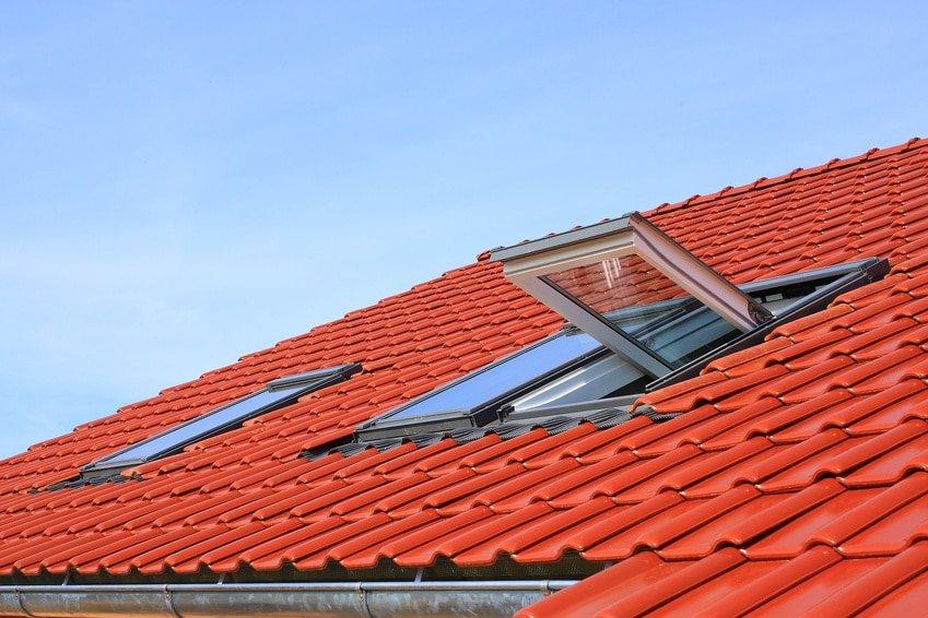 renovation de toiture avec combles et velux