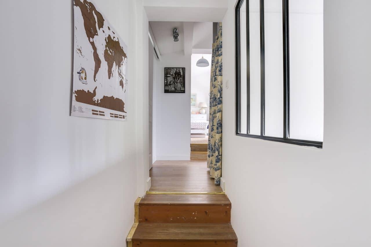 Couloir escalier extension maison étage chambre à Colombes