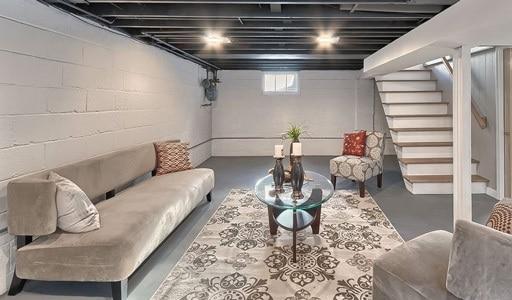 aménagement intérieur garage en pièce de vie salon