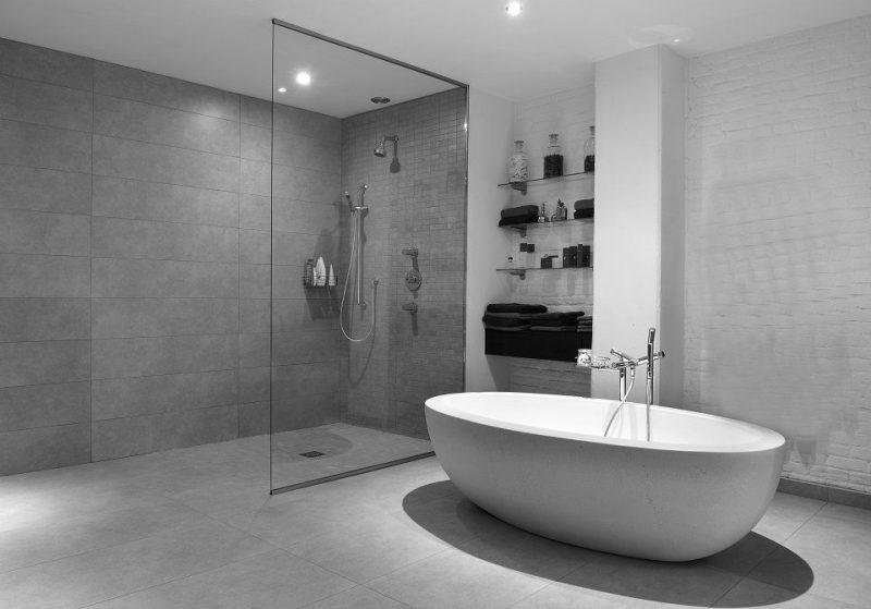 salle de bain douche à l'italienne
