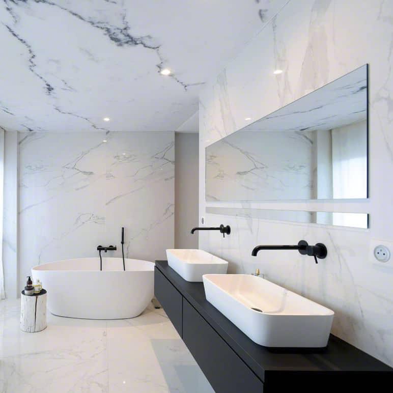 faux plafond tendu salle de bain motifs marbre