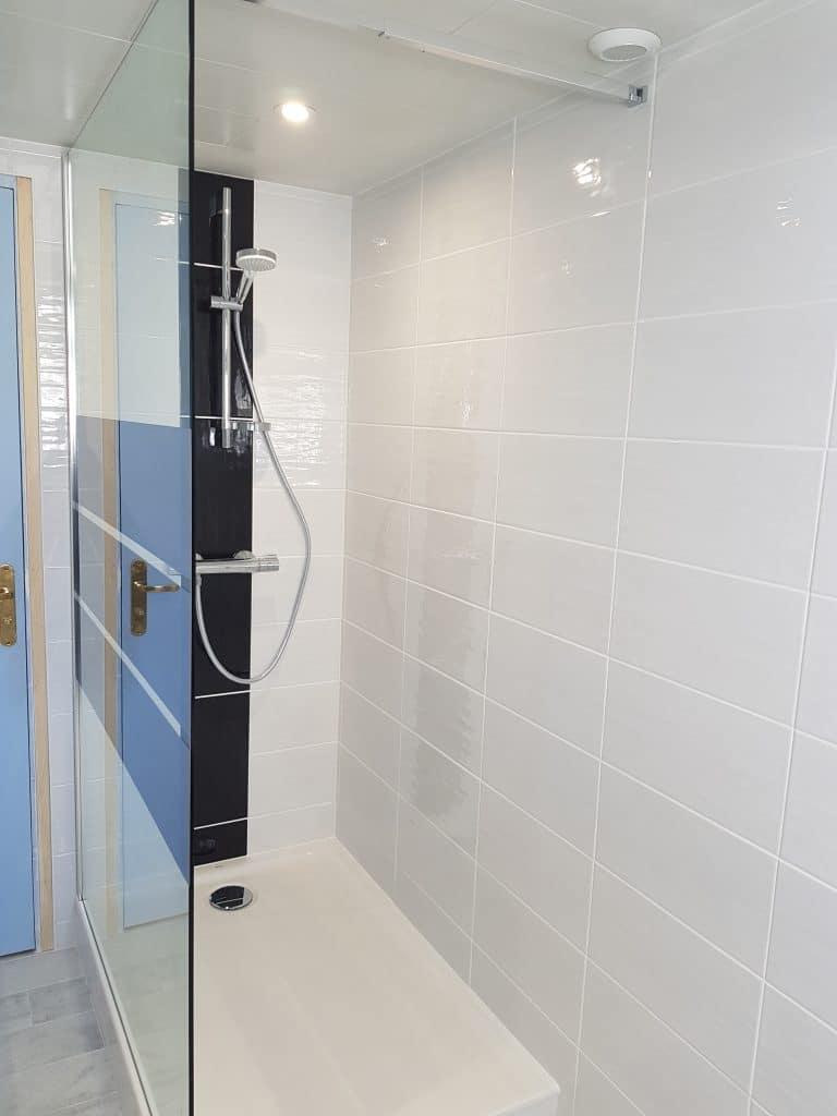 Rénovation intégrale d\'une salle de bain à Lanester
