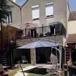 création toit terrasse jardin pierre de parement escalier garde corps alu extension Chanteloup-en-Brie
