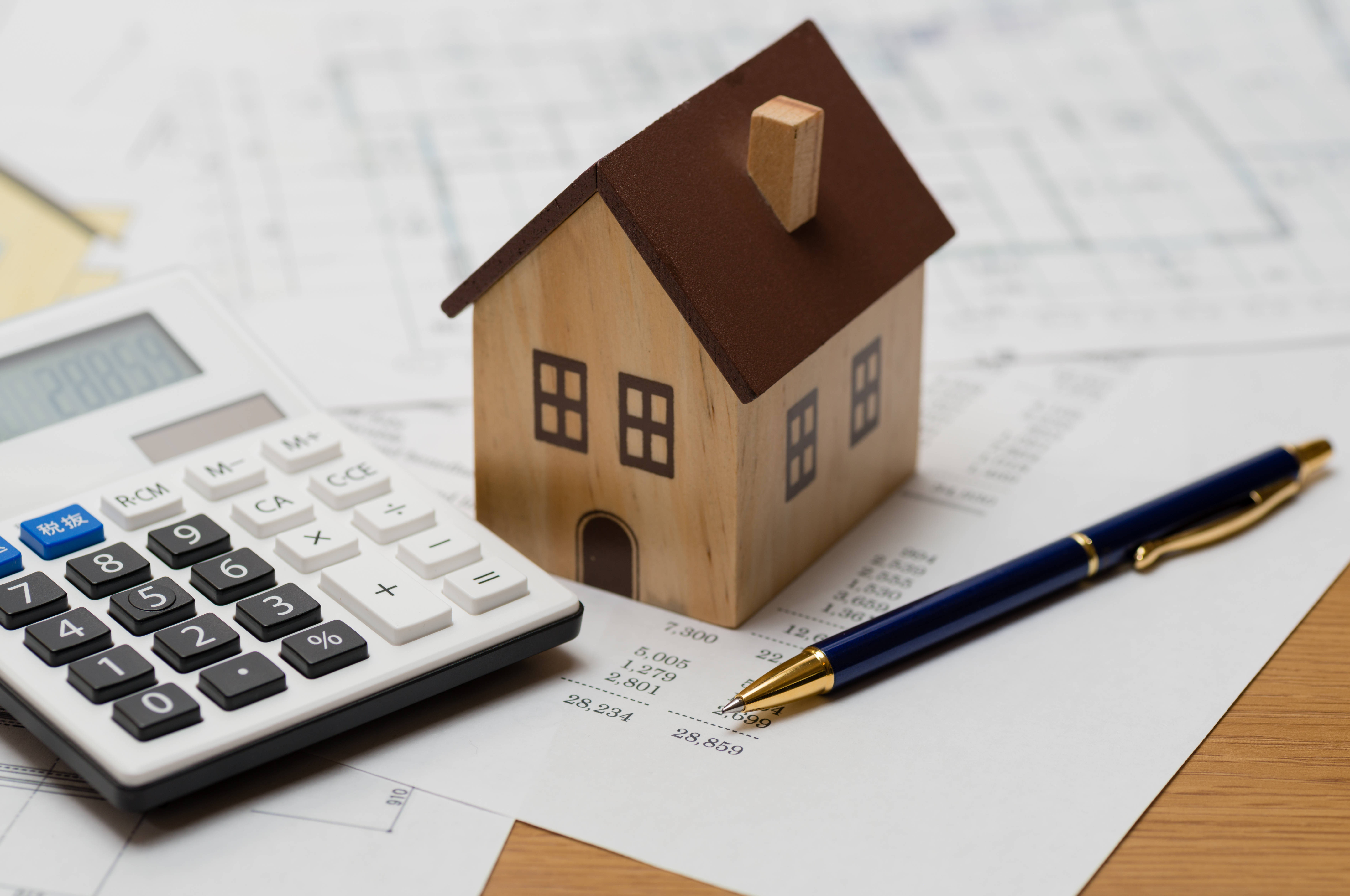 Maison ancienne : comment estimer le coût des travaux de rénovation avant d'acheter ?