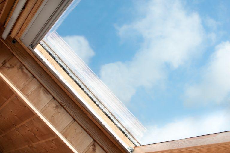 Quelle est la réglementation pour une fenêtre de toit ?