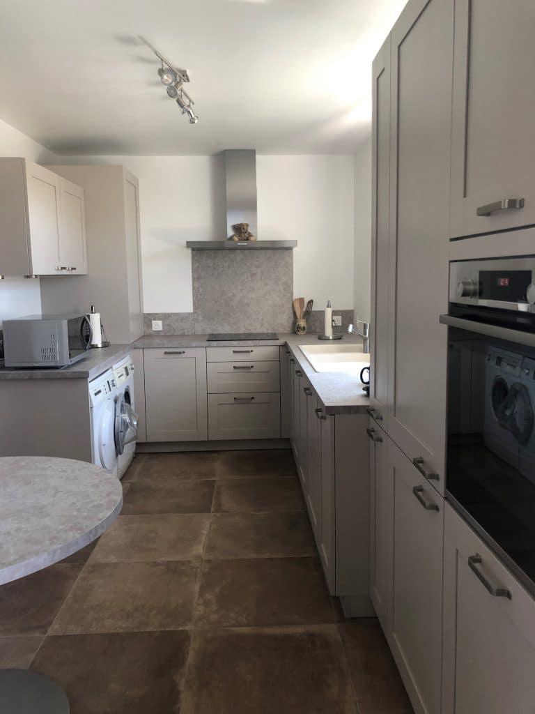 Métamorphose d'une cuisine dans un appartement à Noisiel (77)