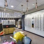 rénovation magasin peinture panneaux muraux lunettes Châtellerault