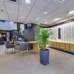 rénovation magasin optique meubles bureaux peinture panneaux muraux Châtellerault