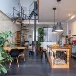 rénovation surélévation maison séjour grande dalle carrelage cuisine ouverte poêle à bois escalier mezzanine Bègles