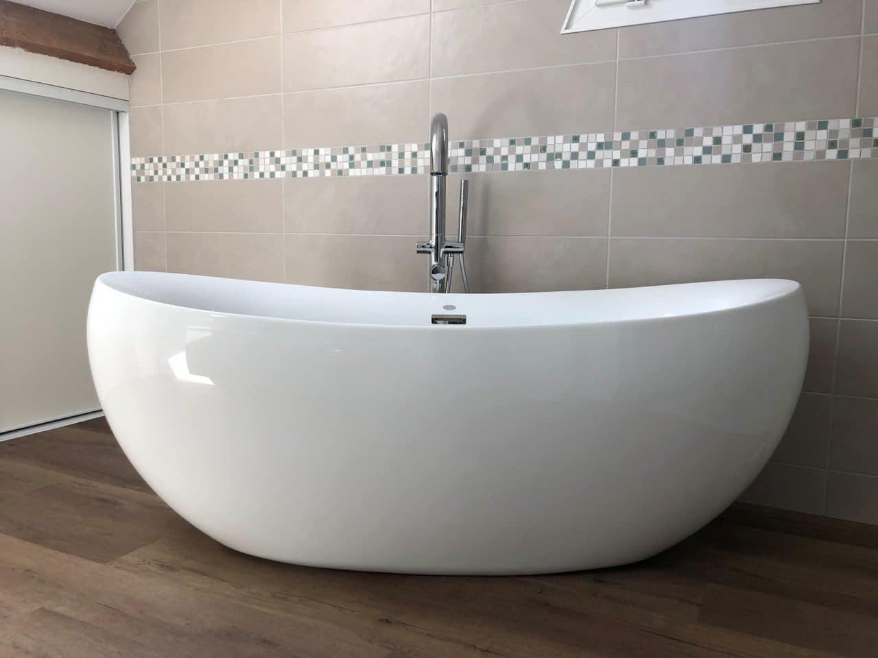 rénovation salle de bain carrelage faïence baignoire sabot sol pvc imitation parquet Chanteloup-en-Brie