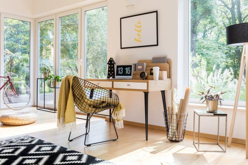 création d'un bureau chez soi dans une extension
