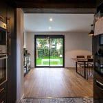 rénovation maison Toulouse cuisine ouverte sur la salle à manger