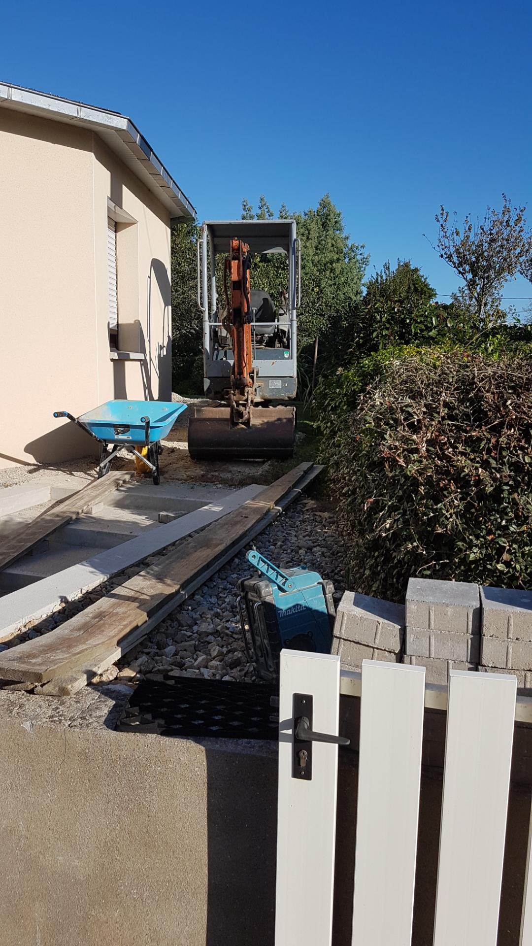 Aménagement d'extérieur avec rénovation d'une allée à Lorient (56)