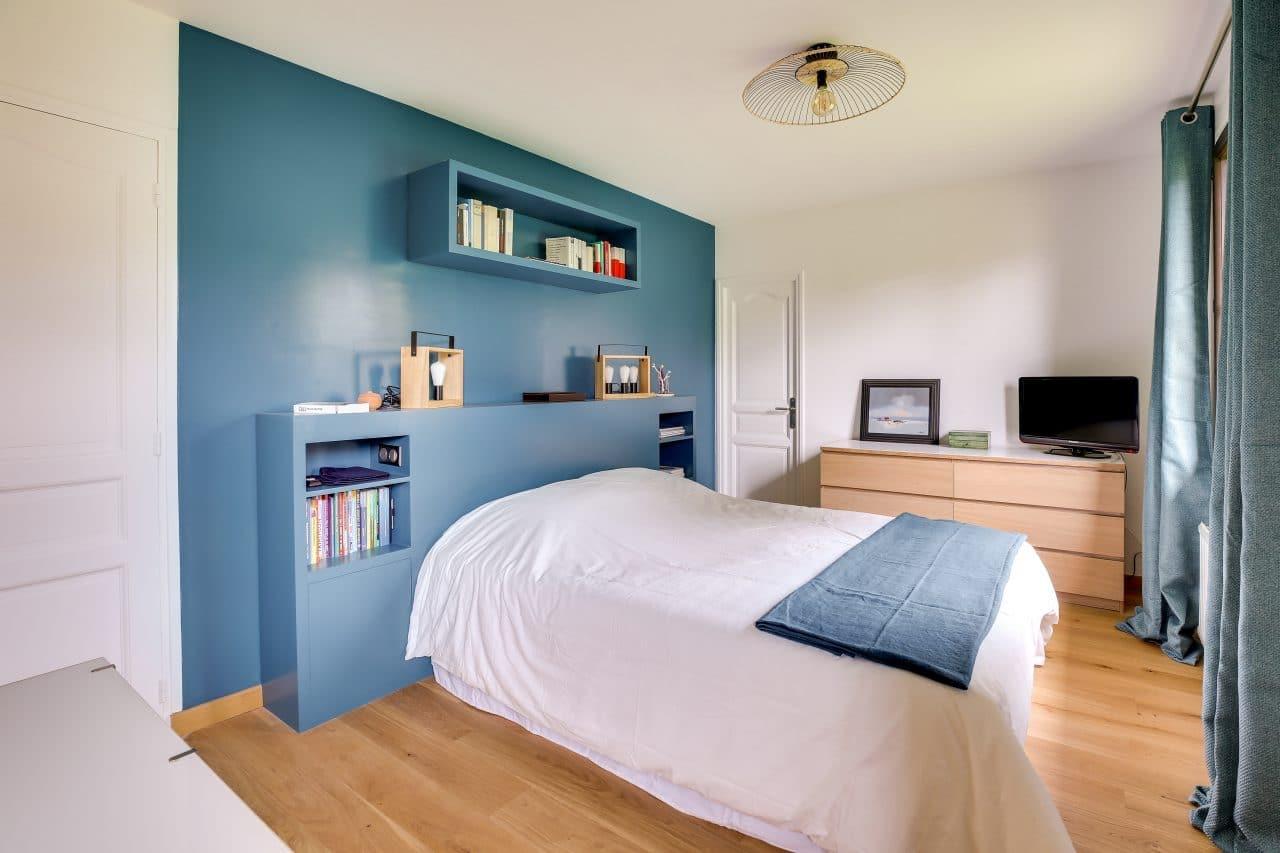 rénovation intérieure maison chambre mise en peinture Vernon