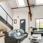 rénovation intérieure maison salon escalier peinture Vernon