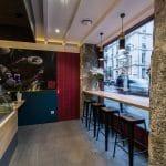 rénovation restaurant asiatique comptoir carrelage faux plafond vitrine Grenoble