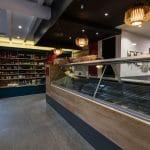 rénovation restaurant asiatique comptoir carrelage présentoir faux plafond Grenoble