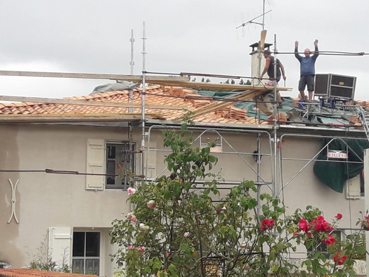 rénovation toiture pendant travaux dépose tuiles Saint-Hilaire-la-Palud