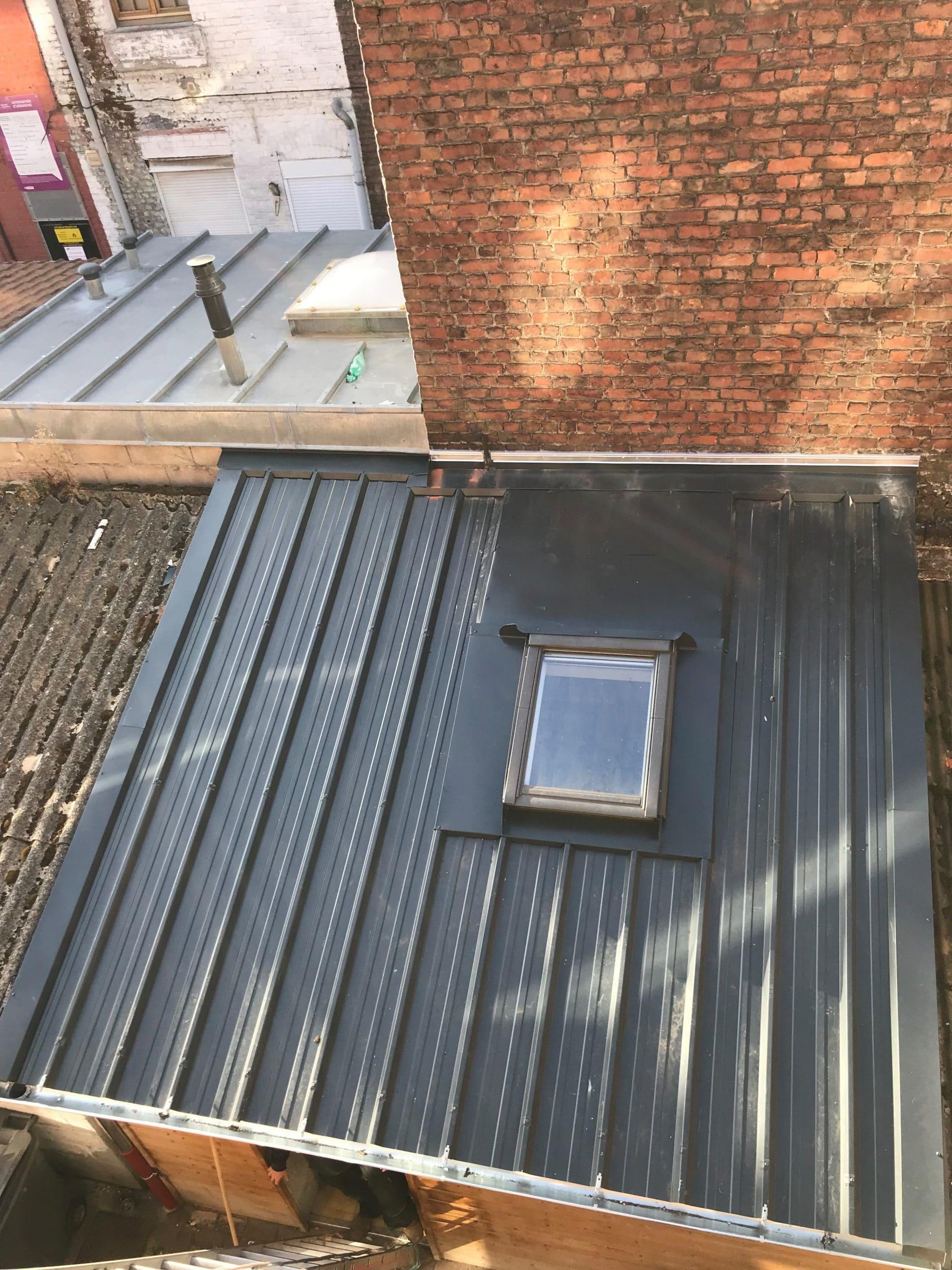 Rénovation d'une toiture bac acier à Lille (59)
