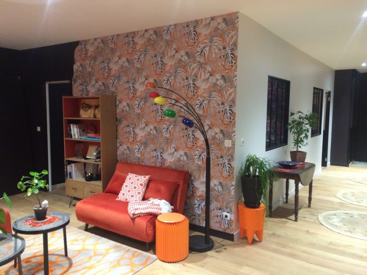 rénovation appartement loft salon couloir entrée tapisserie sol parquet massif verrière atelier Niort