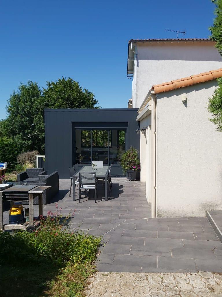 extension maison Niort - terrasse carrelage