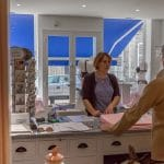 rénovation magasin comptoir caisse store banne peinture Villeneuve-sur-Yonne