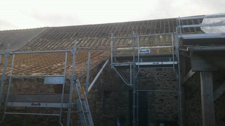 Travaux de rénovation sur une toiture à Bréal sous Vitré (35)