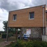 agrandissement maison bardage bois menuiserie fenêtre pvc gouttière Le Loroux-Bottereau