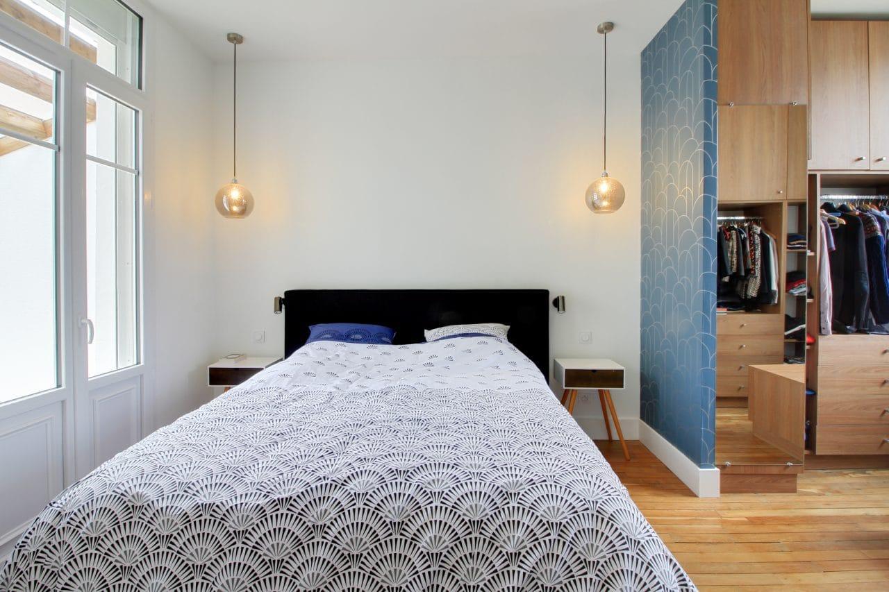 rénovation surélévation maison chambre luminaire suspendu parquet bois cloison peinture Dijon