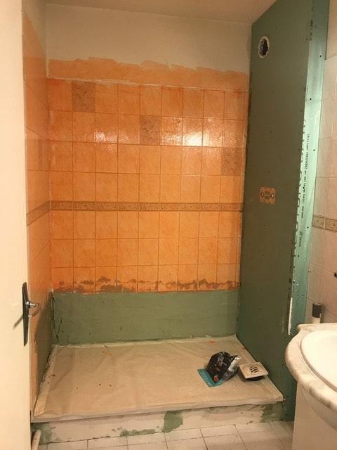 Rénovation d'une salle de bain après un dégât des eaux à Villenave d'Ornon (33)
