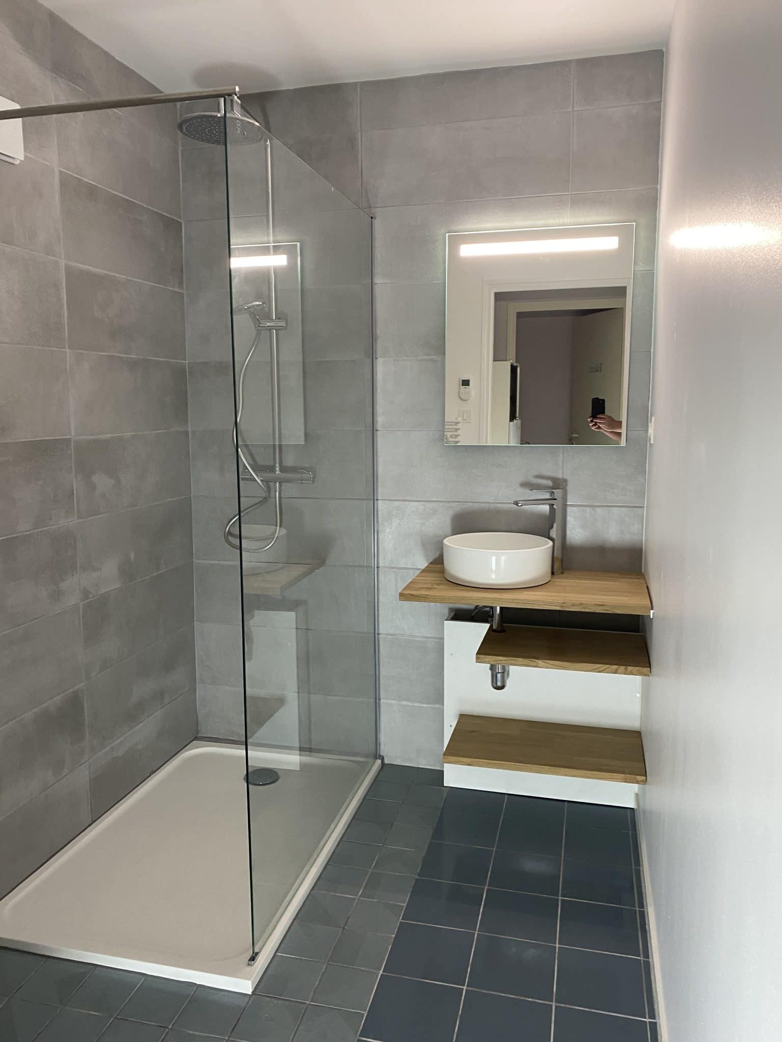 Deco Salle De Bain Avant Apres avant/après d'une rénovation de salle de bain à la roche-sur-yon (85)