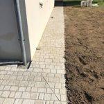 aménagement extérieur près de Tours : pavement autour de la maison