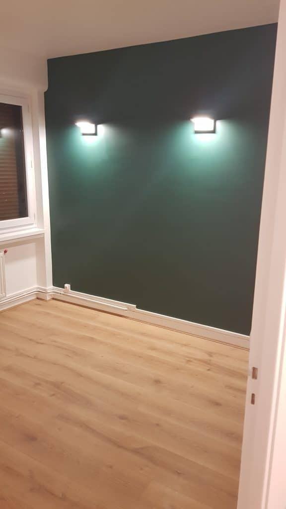 rénovation appartement séjour pose parquet peinture bleu canard Rouen