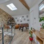 rénovation maison corps de ferme mezzanine pierres apparentes