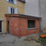extension maison à Parcieux : vue extérieure en cours de travaux