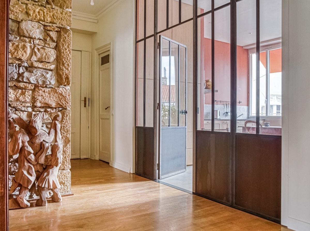 rénovation appartement Lyon : zoom sur l'immense verrière