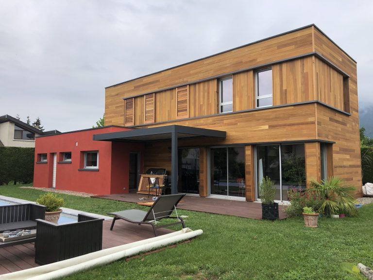 Rénovation de façade et pose d'une pergola à Grenoble (38)